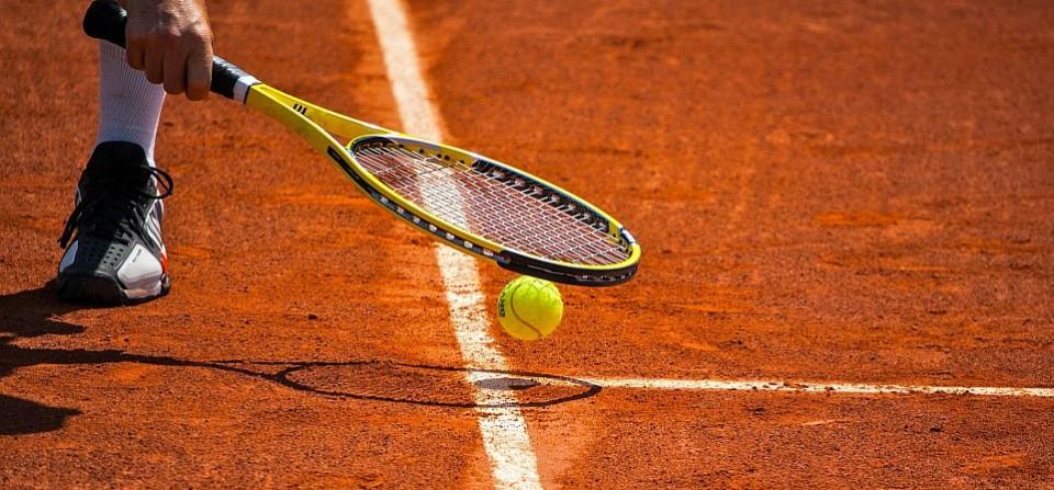 zwrot w tenisie
